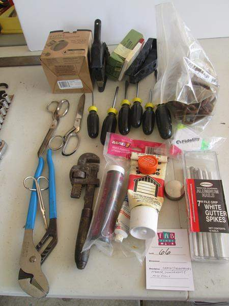 Lot # 66 - Screwdrivers, Chain & Miscellaneous Tools (main image)