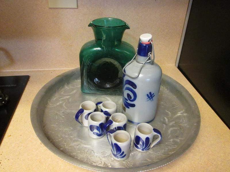 Lot # 84 - Sake Set, Serving Tray and Decanter (main image)