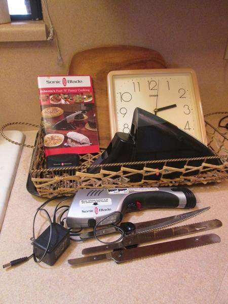 Lot # 87 - Electric Knife, Cookie Sheet, Cutting Board ++ (main image)