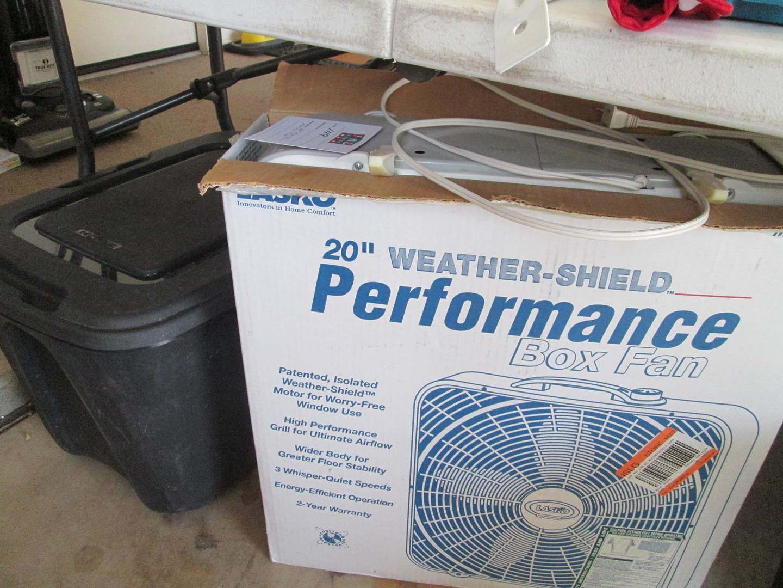"Lot # 149 - 20"" Box Fan & Plastic Tub (main image)"
