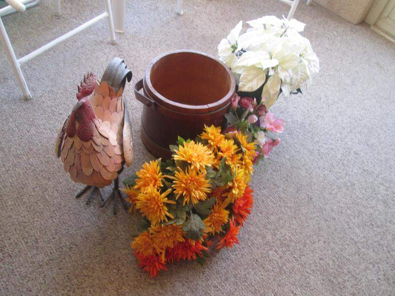 Lot # 194 - Rooster, Bucket & Florals (main image)