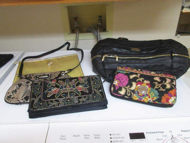 Lot # 203 - 5-Purses (main image)