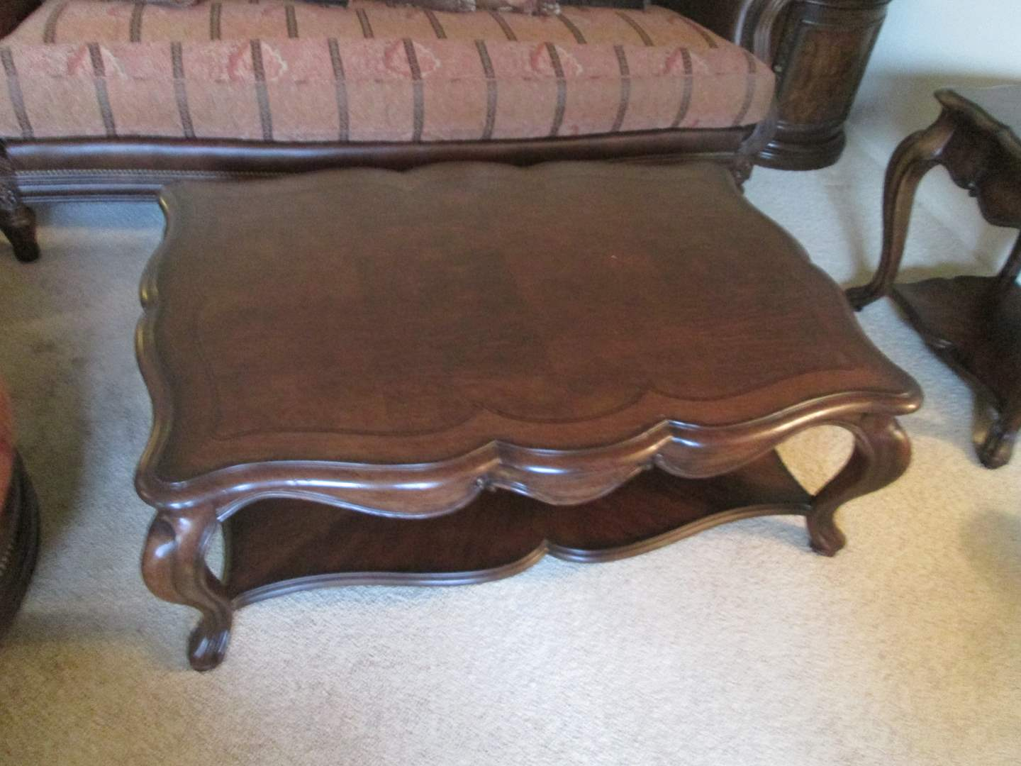 Lot # 262 - Thomasville Coffee Table with Inlayed Detailing (main image)