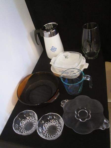 Lot # 23 -  Corning, Pyrex & Miscellaneous Kitchen Items (main image)