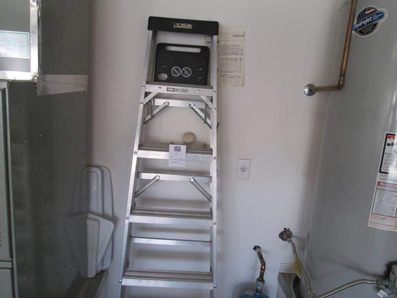 Lot # 65 - 6' Ladder (main image)