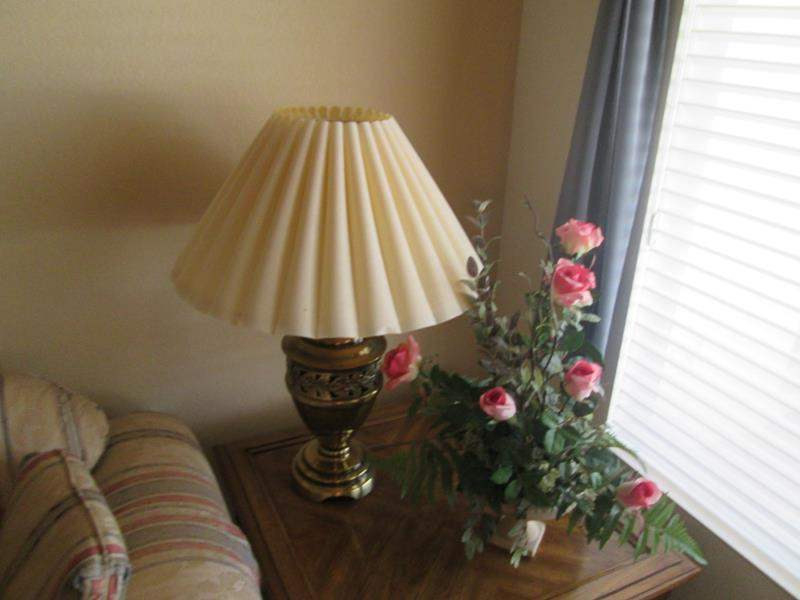 Lot # 207 - Table Lamp & Floral (main image)