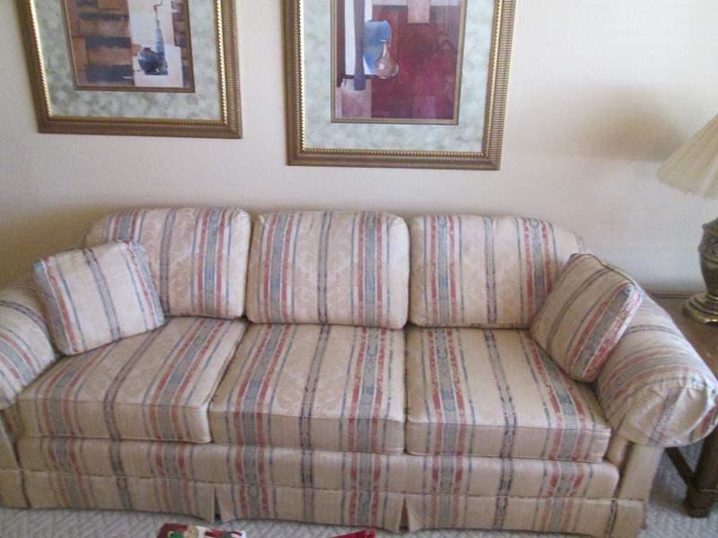 "Lot # 206 - 94"" Sofa (main image)"