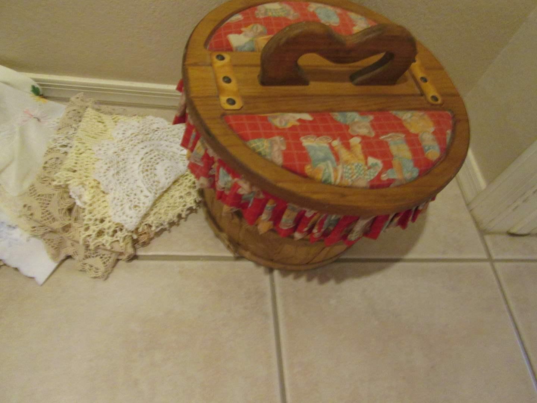 Lot # 220 - Sewing Basket & Doilies (main image)