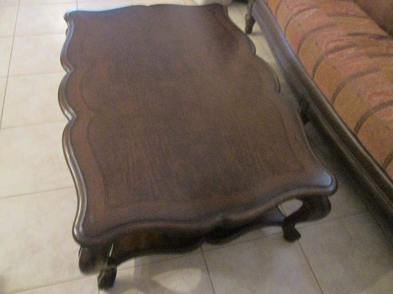 Lot # 229 - Thomasville Coffee Table, Inlayed Wood Design (main image)