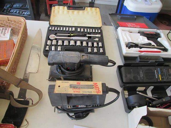 Lot # 123 - Stanley Socket Set, Electric Sander, B & D Jig Saw (main image)