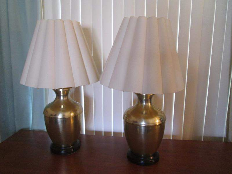 Lot # 32 - 2-Brass Table Lamps (main image)