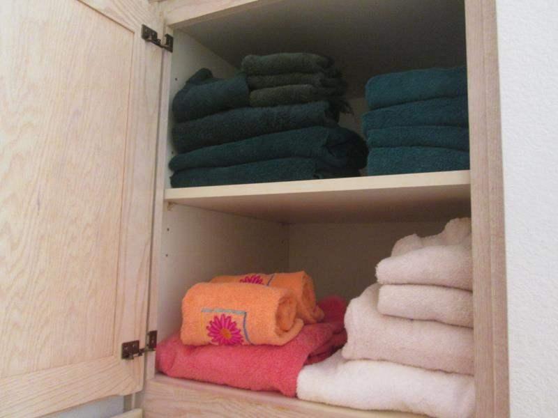 Lot # 35 - Towels (main image)