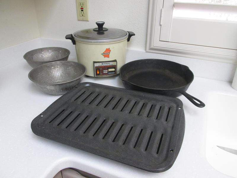 Lot # 50 - Vintage Cast Iron #10 Pan, Colanders & Crockpot (main image)