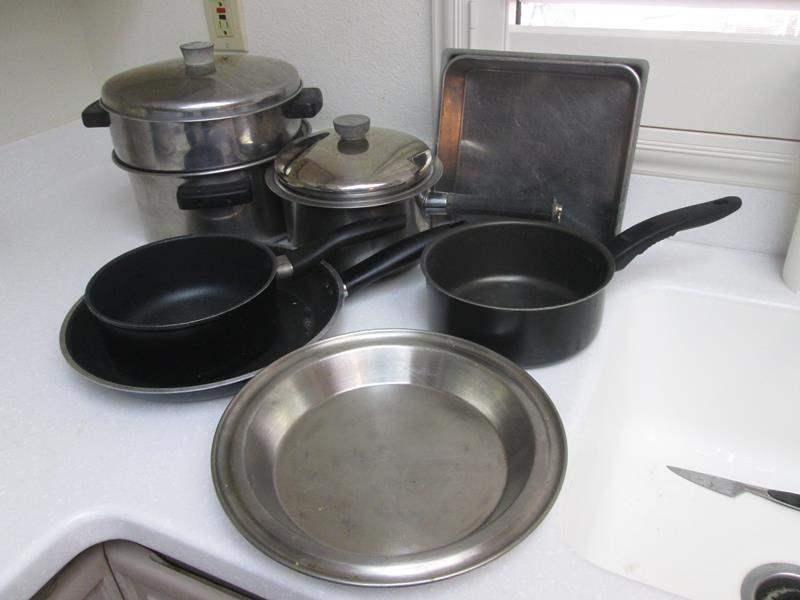 Lot # 51 - Pots & Pans (main image)