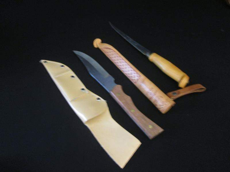 Lot # 106 - Fishing Knives with Cases (main image)