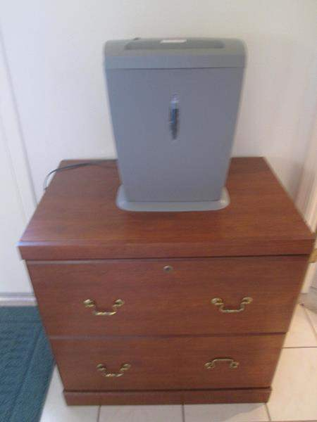 Lot # 118 - Lateral File Cabinet & Shredder (main image)