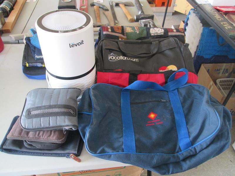 Lot # 87 - Levoit Air Purifier + Assorted Totes & Carry Bags, 20 pieces (main image)