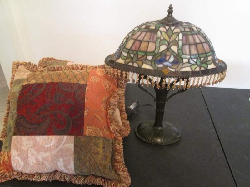 Lot # 224 - Tiffany-Style Lamp & 2-Throw Pillows (main image)