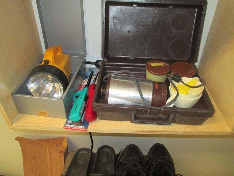 Lot # 171 - Hamper, Men's Shoes, Vintage Travel Beverage Maker +++ (main image)