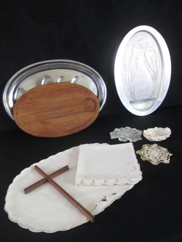 Lot # 261 - Lenox Bowl, Trays, Table Linen, Cross ++ (main image)