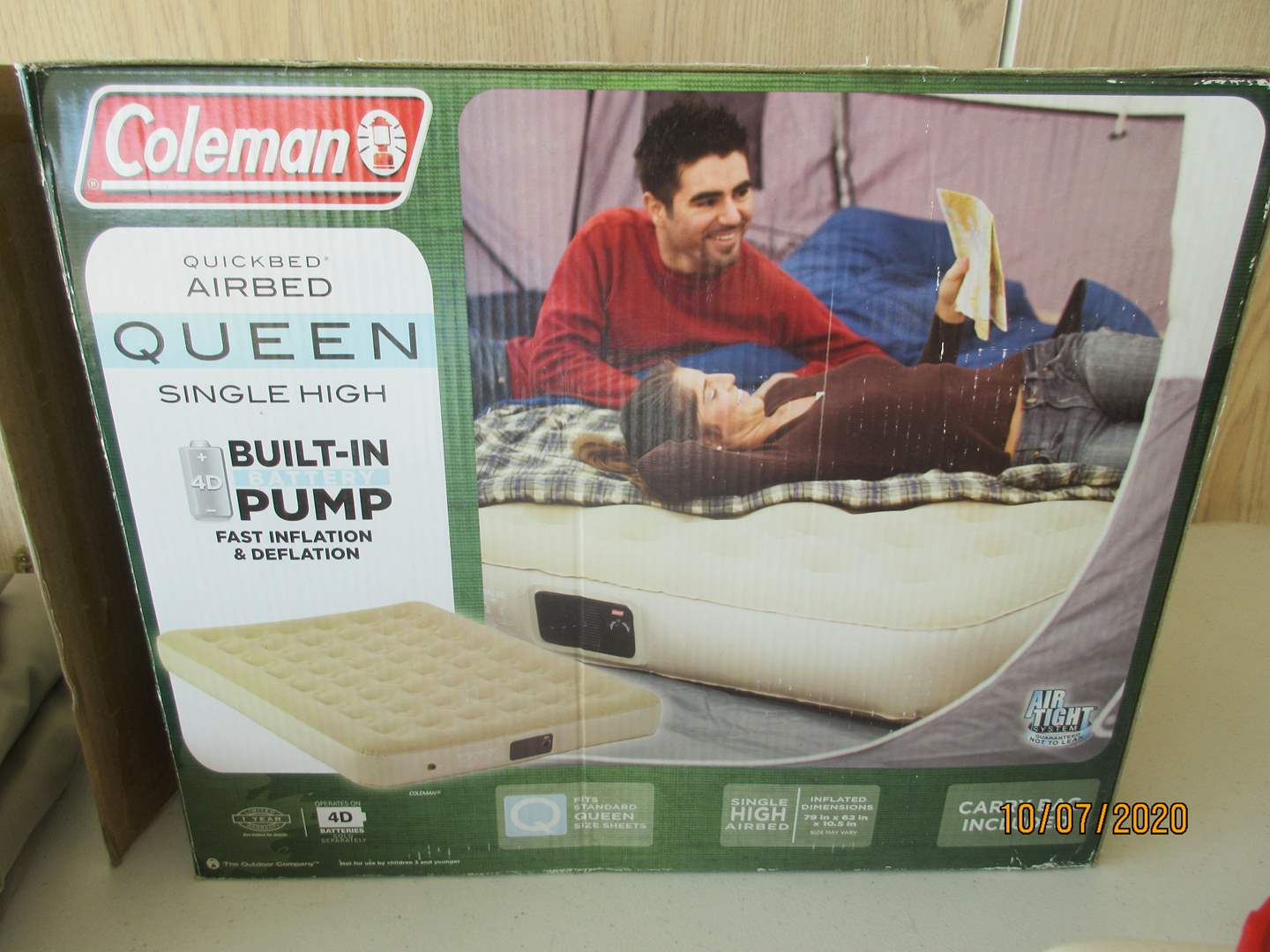 Lot # 117 - 2-Queen Coleman Air Beds, Electric Pump & Water Tank (main image)