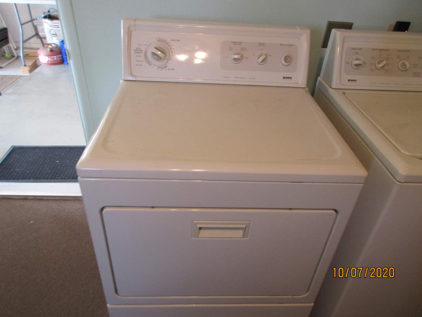 Lot # 120 - Kenmore Electric Dryer #63834100 (Working) (main image)