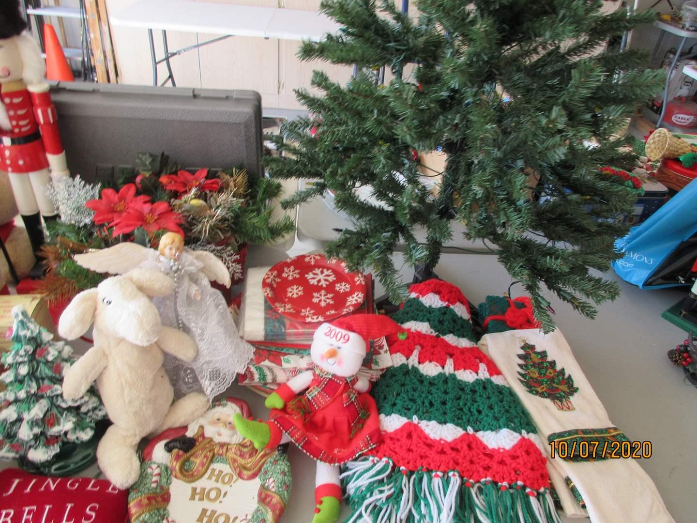 Lot # 134 - Christmas Decor, Large Nutcracker & Tree (main image)