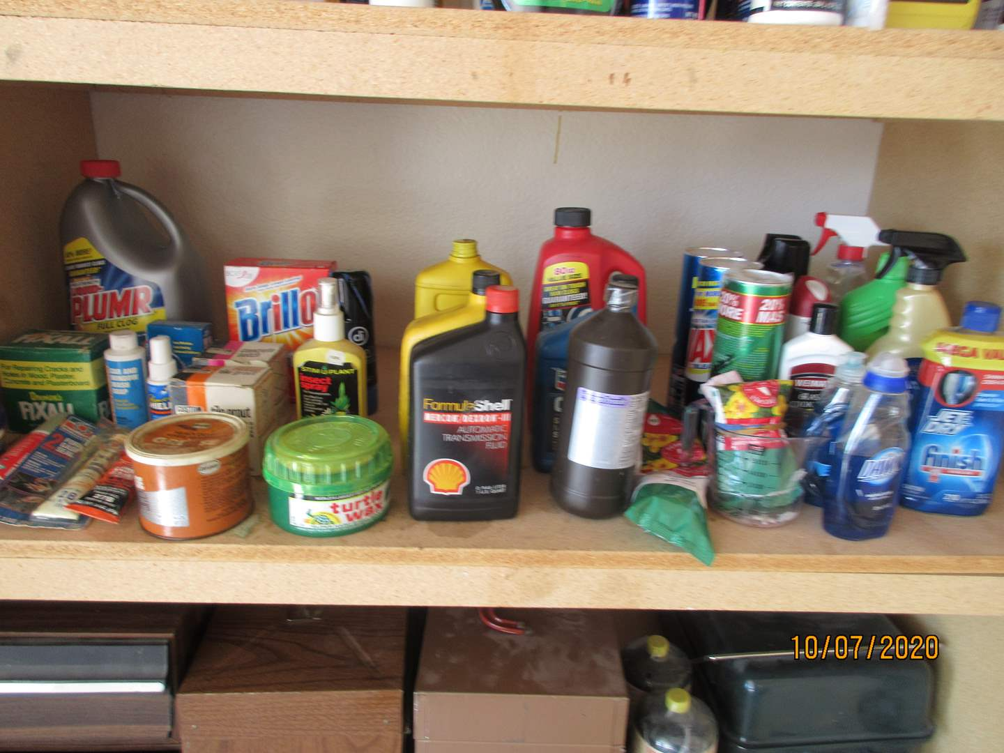 Lot # 149 - Chemicals & Cleaning Supplies (main image)