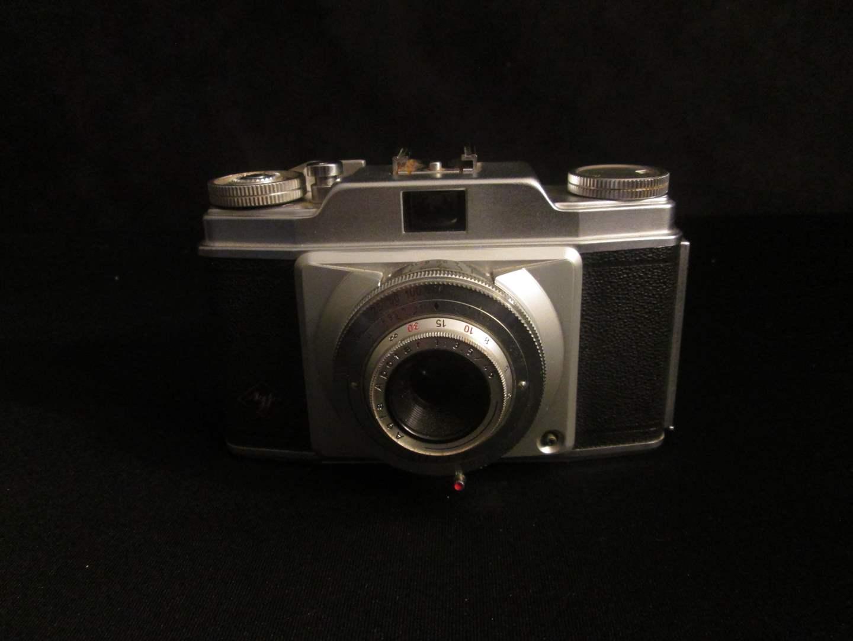 Lot # 198 - Agfa Camera Pronto (main image)