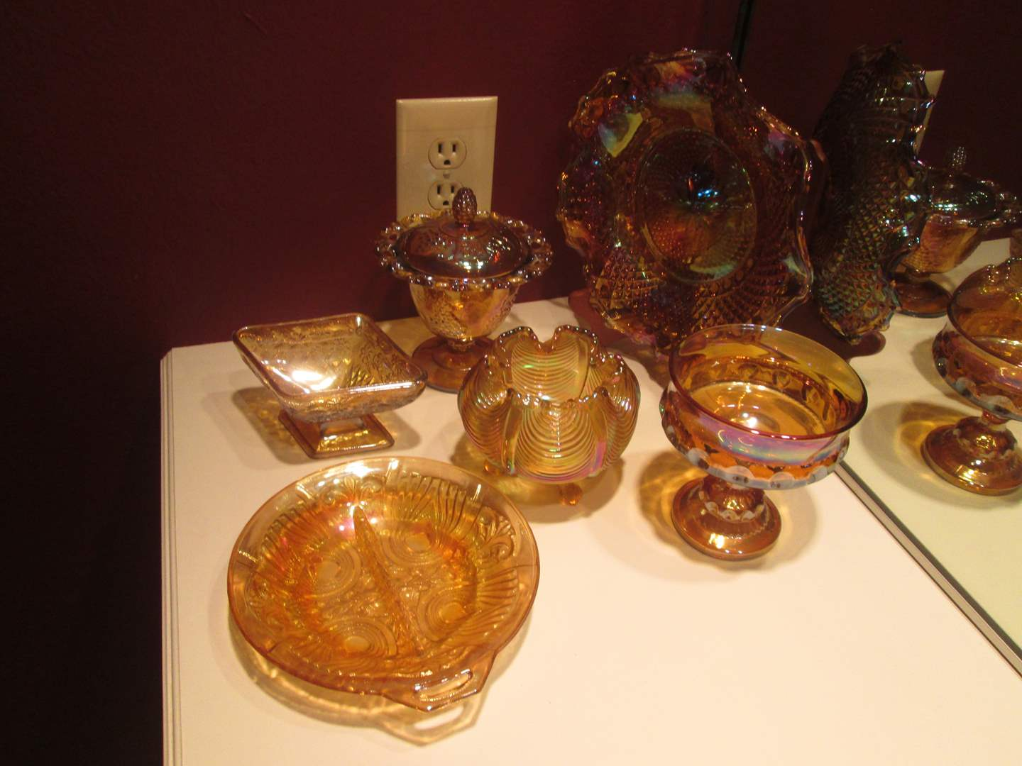 Lot # 205 - Assorted Gold Carnival Glass (main image)