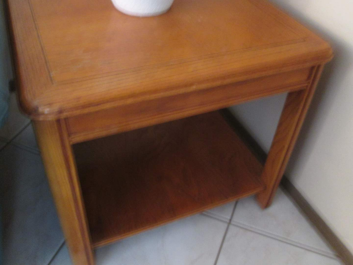 Lot # 238 - End Table with Shelf (main image)