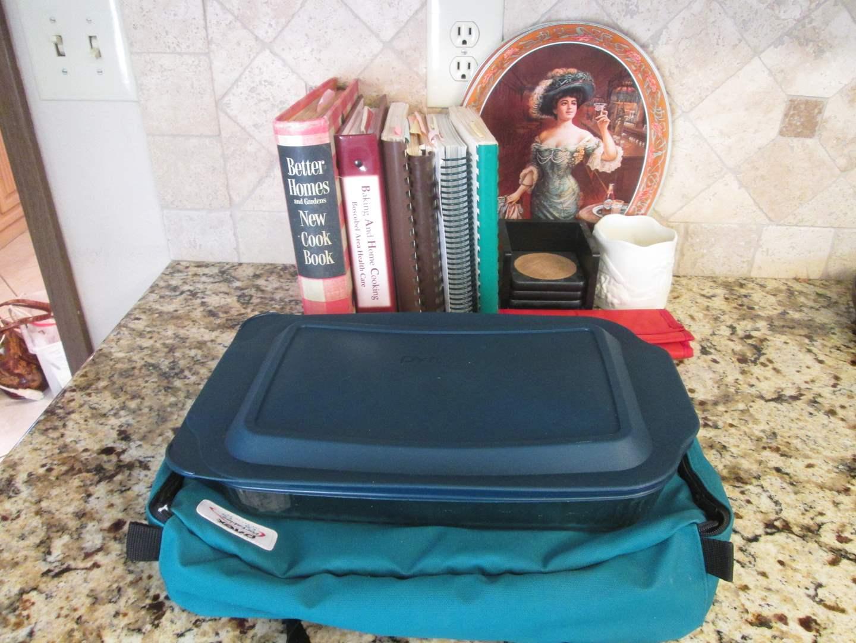 Lot # 249 - Cookbooks & Pyrex (main image)
