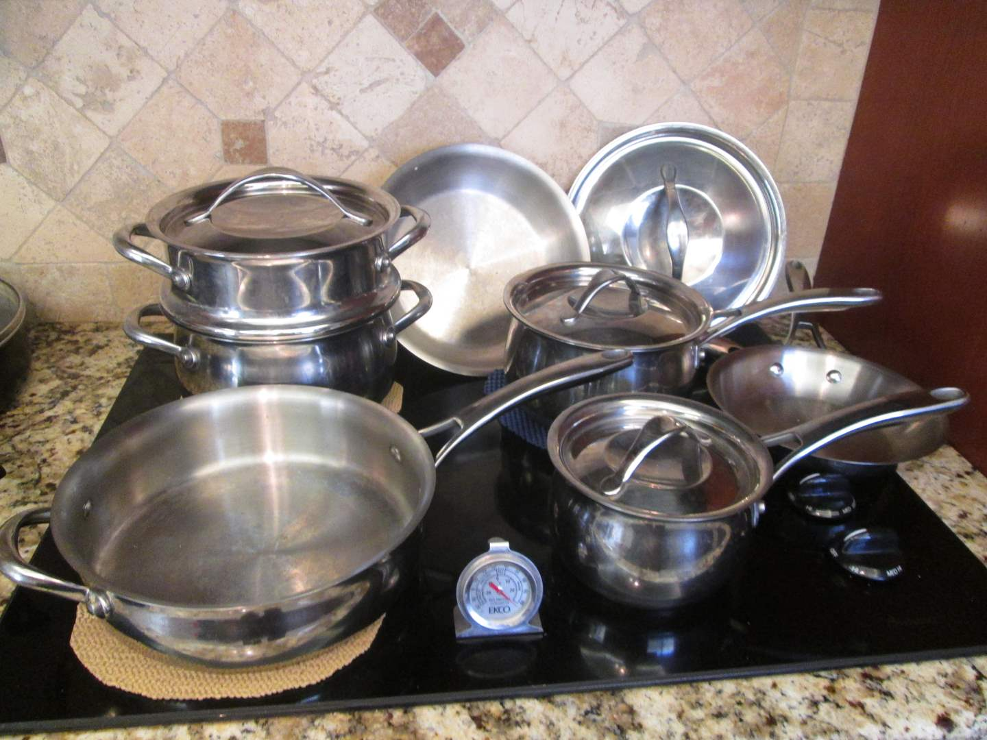 Lot # 254 - Pots & Pans (main image)