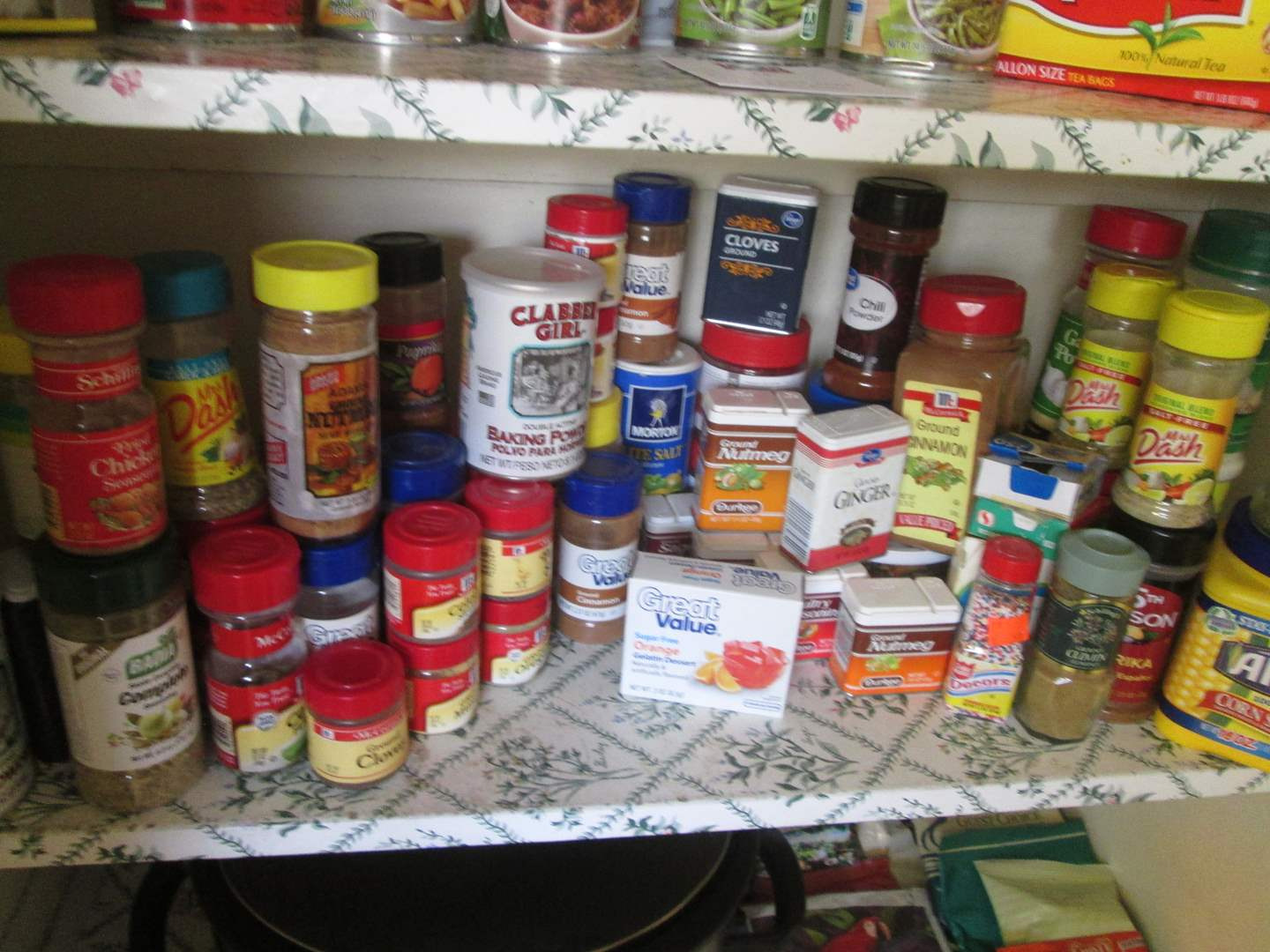 Lot # 256 - Spices & Pantry Items (main image)