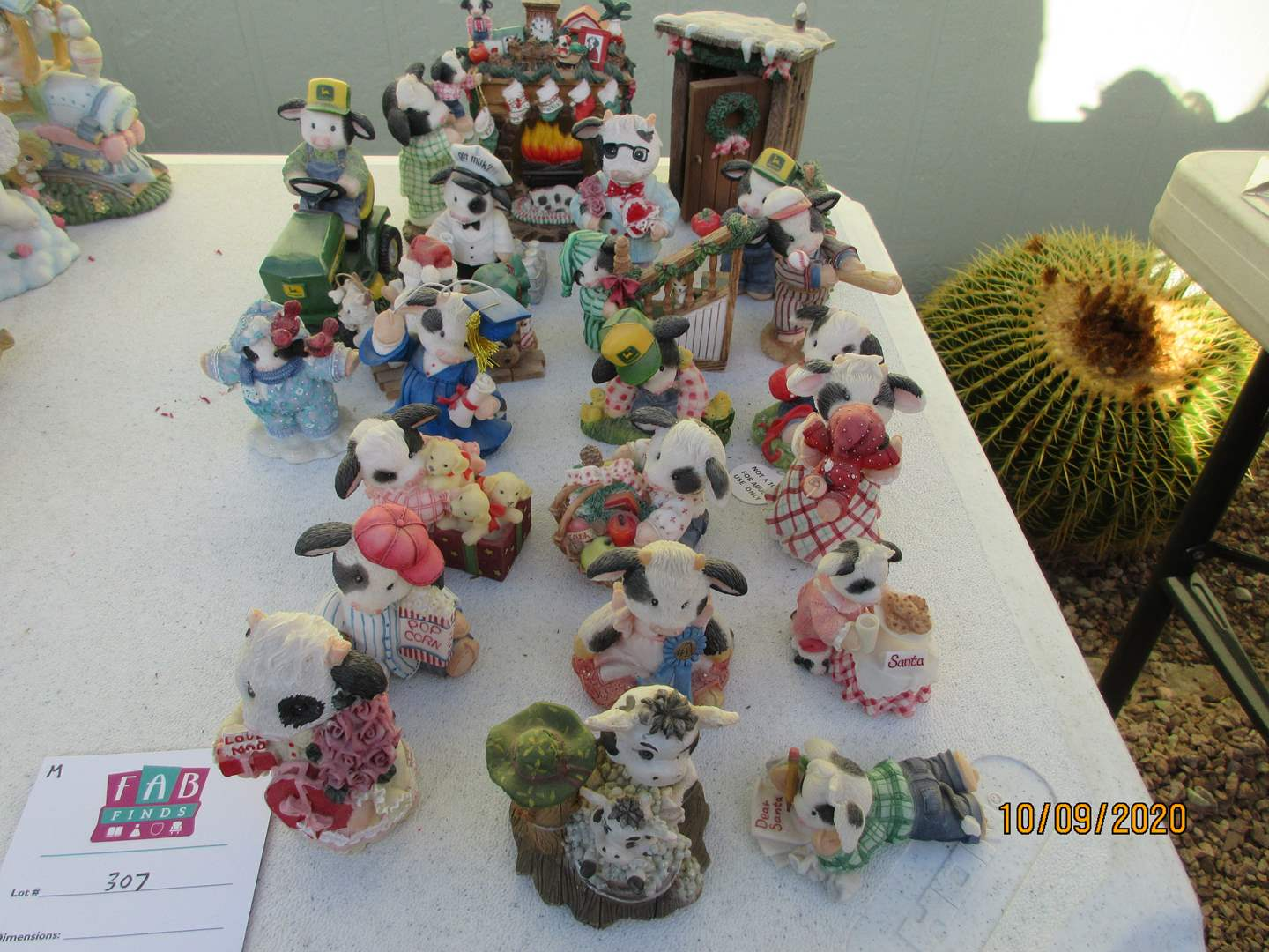 Lot # 307 - Mary Moo Moos Collectibles (22) (main image)