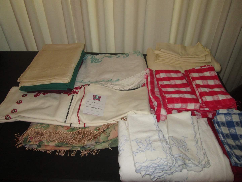Lot # 291 - Table Linens (main image)