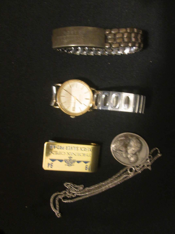 Lot # 199 - Men's Bulova Accutron Watch + (main image)