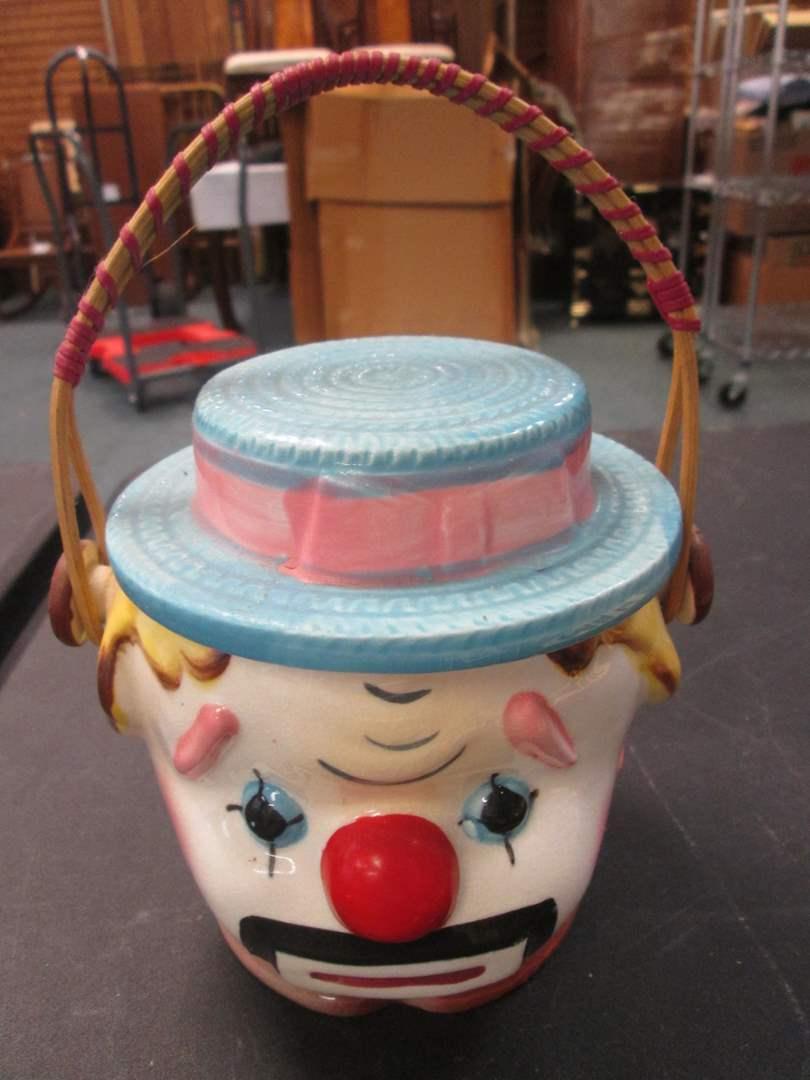Lot # 16 - Vintage Clown Biscuit/Cookie Jar (main image)