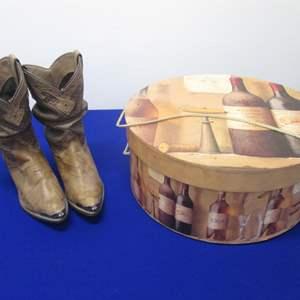 Lot # 80 - Hatbox & Capezio Boots 6M
