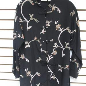 Lot # 91 - Chico's Asian-Style Blouse, Silk (6)