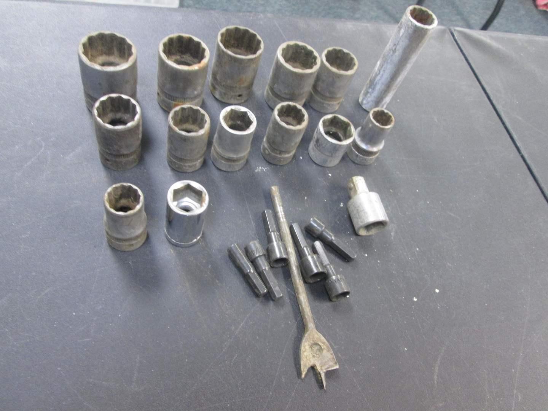 Lot # 99 - 14-Pieces Miscellaneous Sockets, 15/16 & 1/2 (main image)