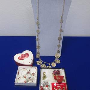 """Lot # 110 - Costume Jewelry, """"Sweetheart Special"""""""