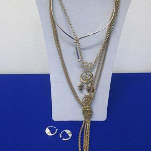 Lot # 112 - Costume Jewelry Selection (4 Pieces)