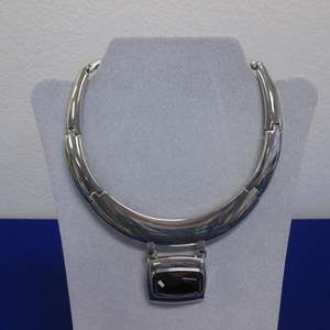 Lot # 133 - Collar-Style Costume Jewelry by White/Black Brand