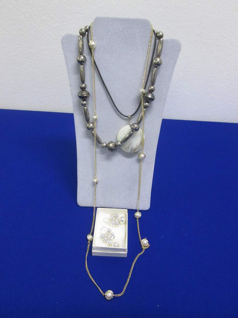 Lot # 126 - Costume Jewelry, 3-Necklaces & 1-Pair Earrings (main image)