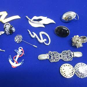 Lot # 145 - 12 Assorted Costume Jewelry Pieces
