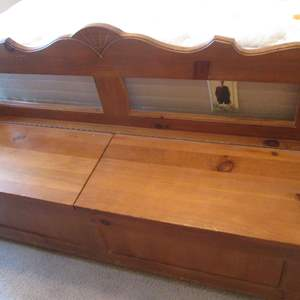 """Lot # 72 - 60"""" Bench-Style Storage Chest"""