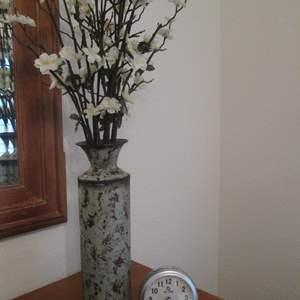 Lot # 73 - Clock & Floral Arrangement in Vase