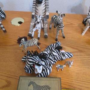 "Lot # 86 - Zebra Pictures & Soft & Sculptured ""Friends"""
