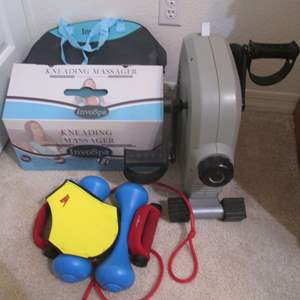 Lot # 91 - Kneading Massager by InvoSpa + Weights